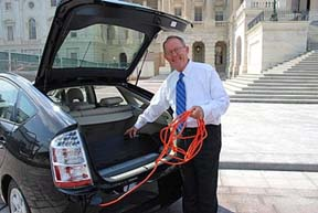 Sen. Alexander plugs in his Prius