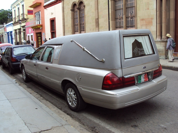 Ford Fairlane Hearse, Mexico