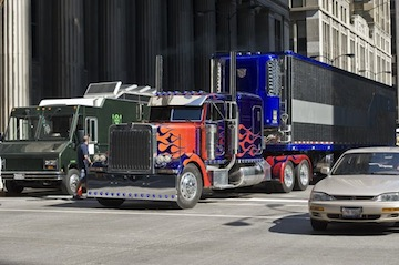 Optimus Prime Peterbilt 379 truck