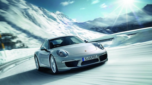 Porsche-911-winter-driving